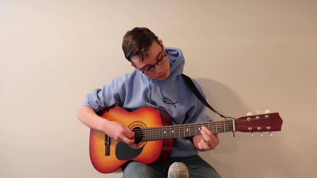 Summer guitar lessons at Thompson Tutoring